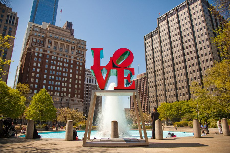 Catch rare glimpse #LOVEsculpture on the move TUES FEB23 10AM! Tweet your best pics #LOVEontheMove #LOVEatDilworth https://t.co/vKUa1A4qVp