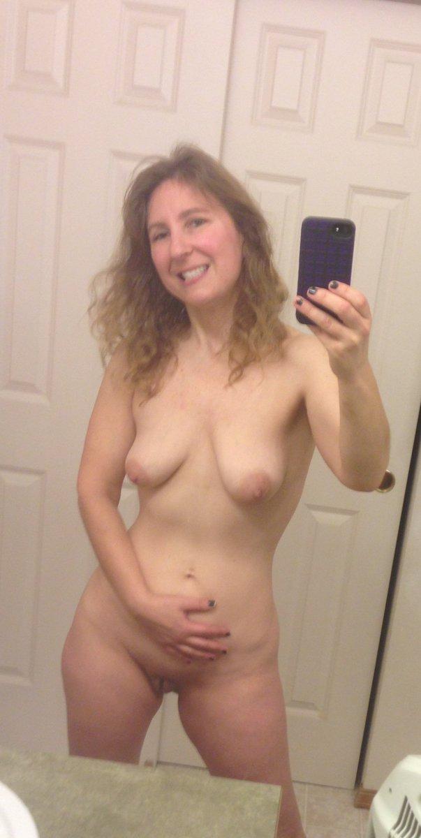 Nude Selfie 3612