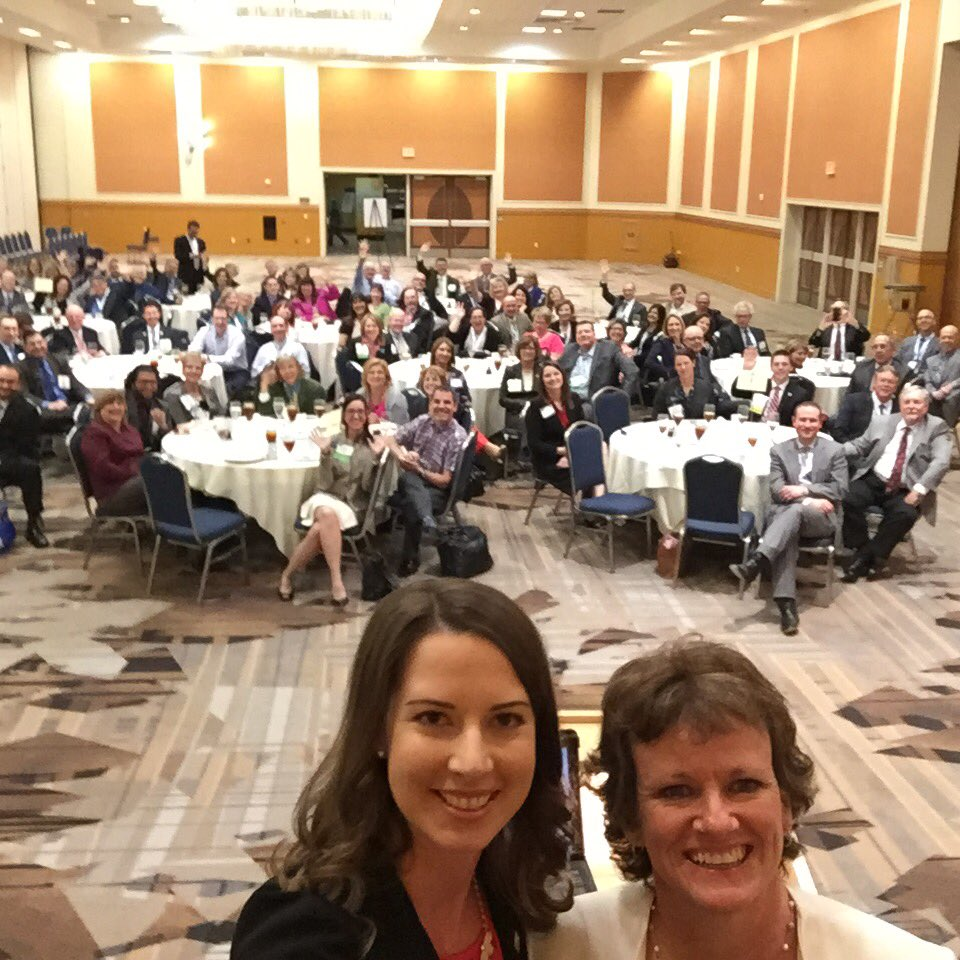 #APTACSMselfie Challenge officially kicked off at the President's Luncheon with @DunnSdunn2! #APTACSM @APTASA https://t.co/I8ATyizpKx