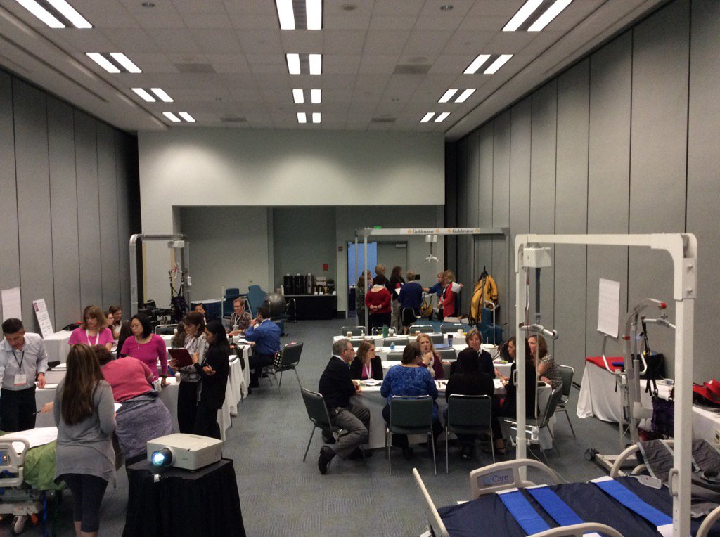 Thoughtful discussions at the creative use of mobility equipment precon #APTACSM @acutecarept https://t.co/whCNxSje0M