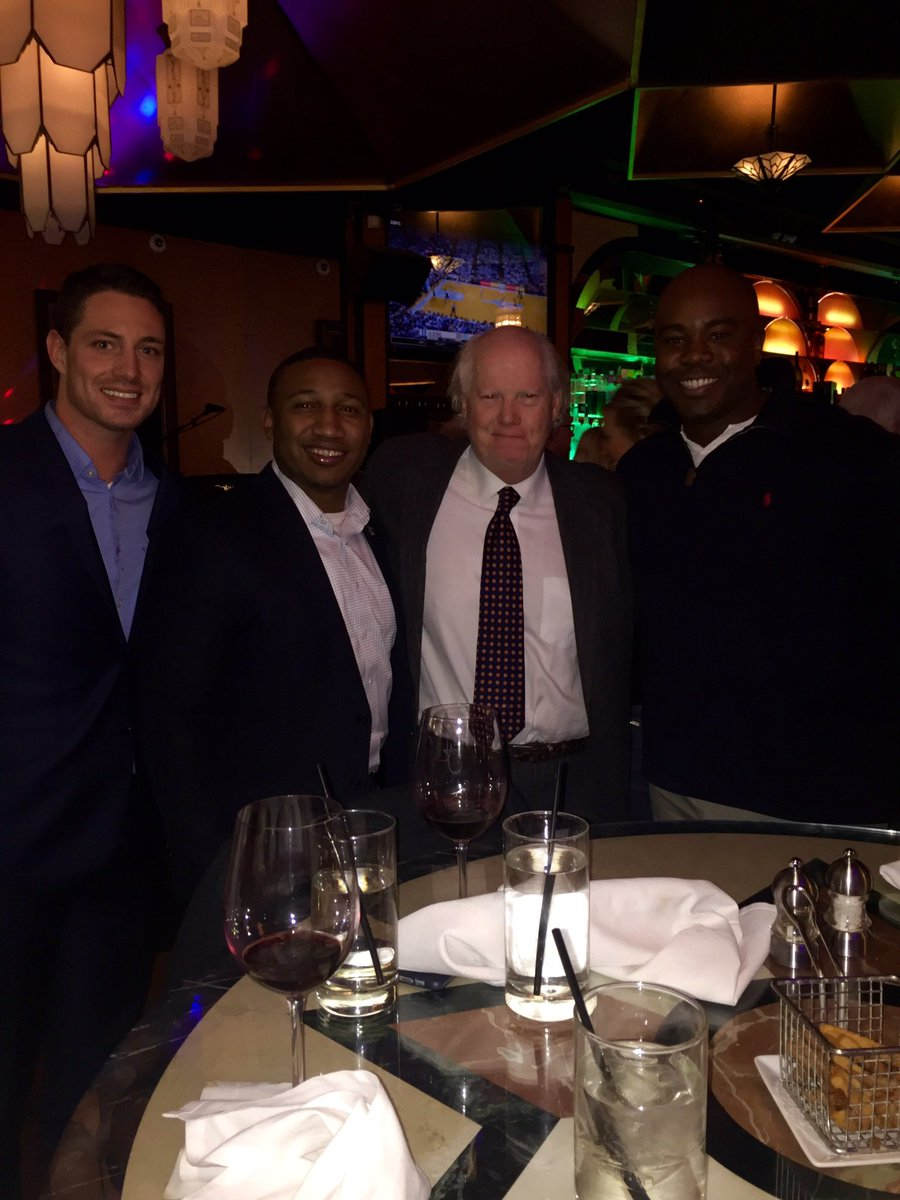 Best steaks and even better company at @TheRealJeffRuby restaurant @DannyMac15 #judgeb #gwest #weareND https://t.co/iBFKmIwW1M