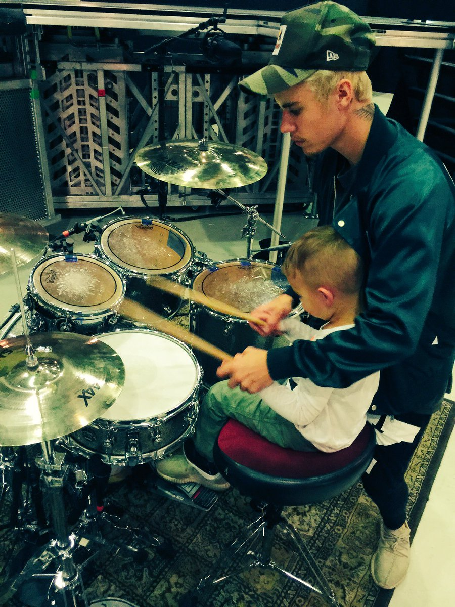 Thanks @justinbieber for showing Caleb how to drum!! #BieberFever https://t.co/kF9X7IoNCw