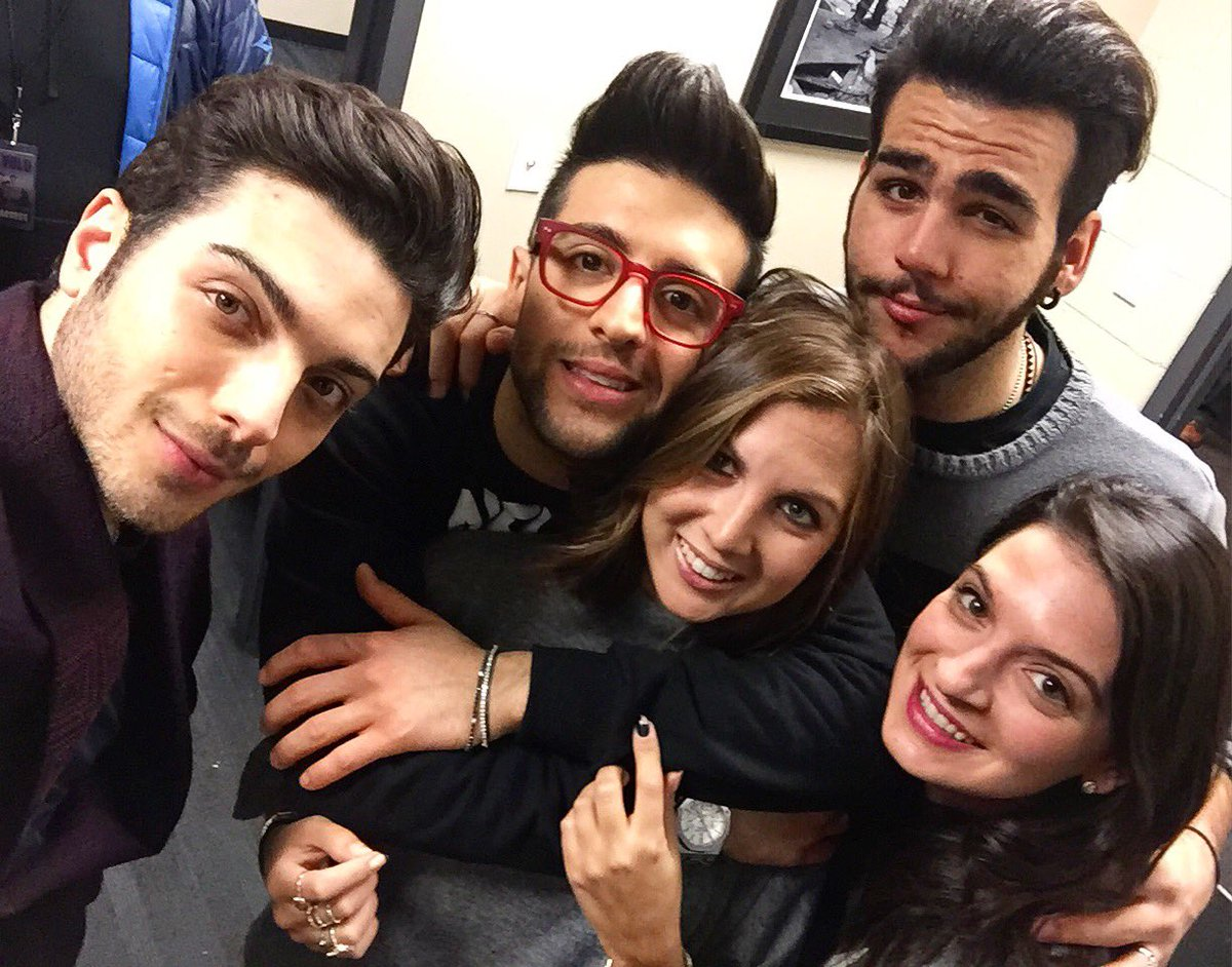 When @ilvolo and #thepulitis get tog in NYC ❤️ https://t.co/H6BkJXJQXI