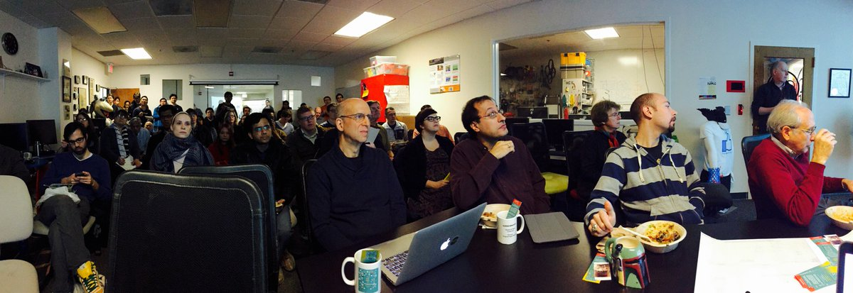 Full house @ @hcil_umd for today's co-sponsored #mithdd w/ Thomas Haigh/Mark Priestley - thumbs up for collaboration https://t.co/fC5VxOzvv7