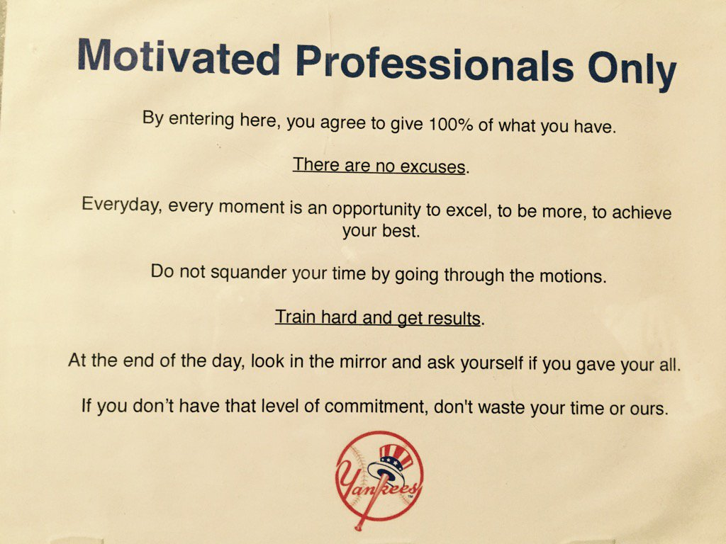 This sign is on the door to the Yankees spring clubhouse. Fired up now? https://t.co/3DF6rCgRFc