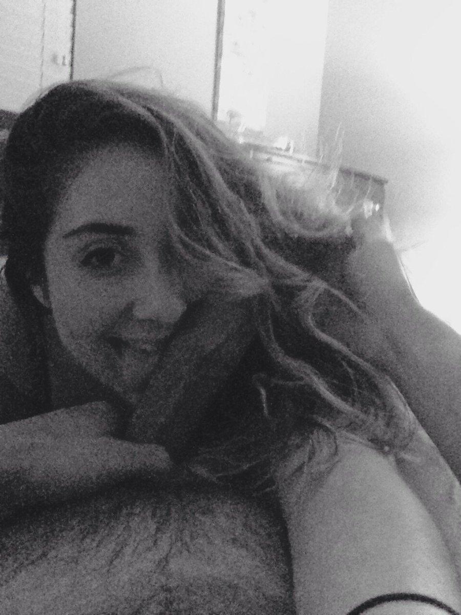 Nude Selfie 3279