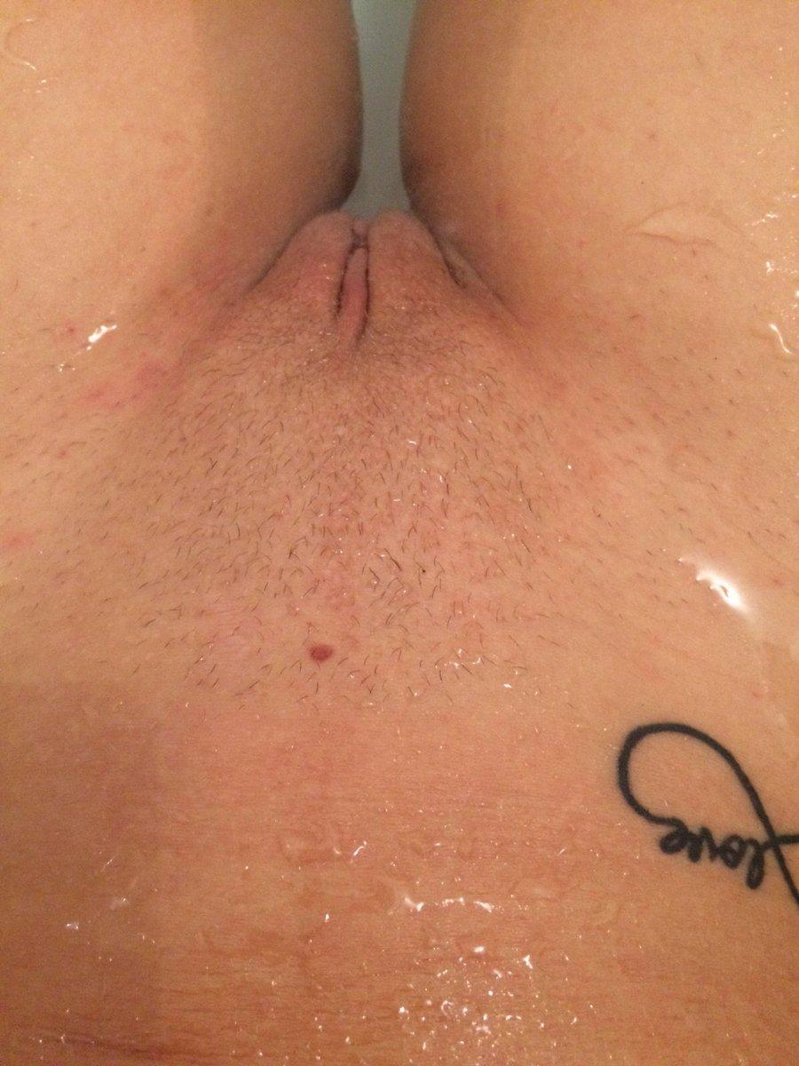 Nude Selfie 3183