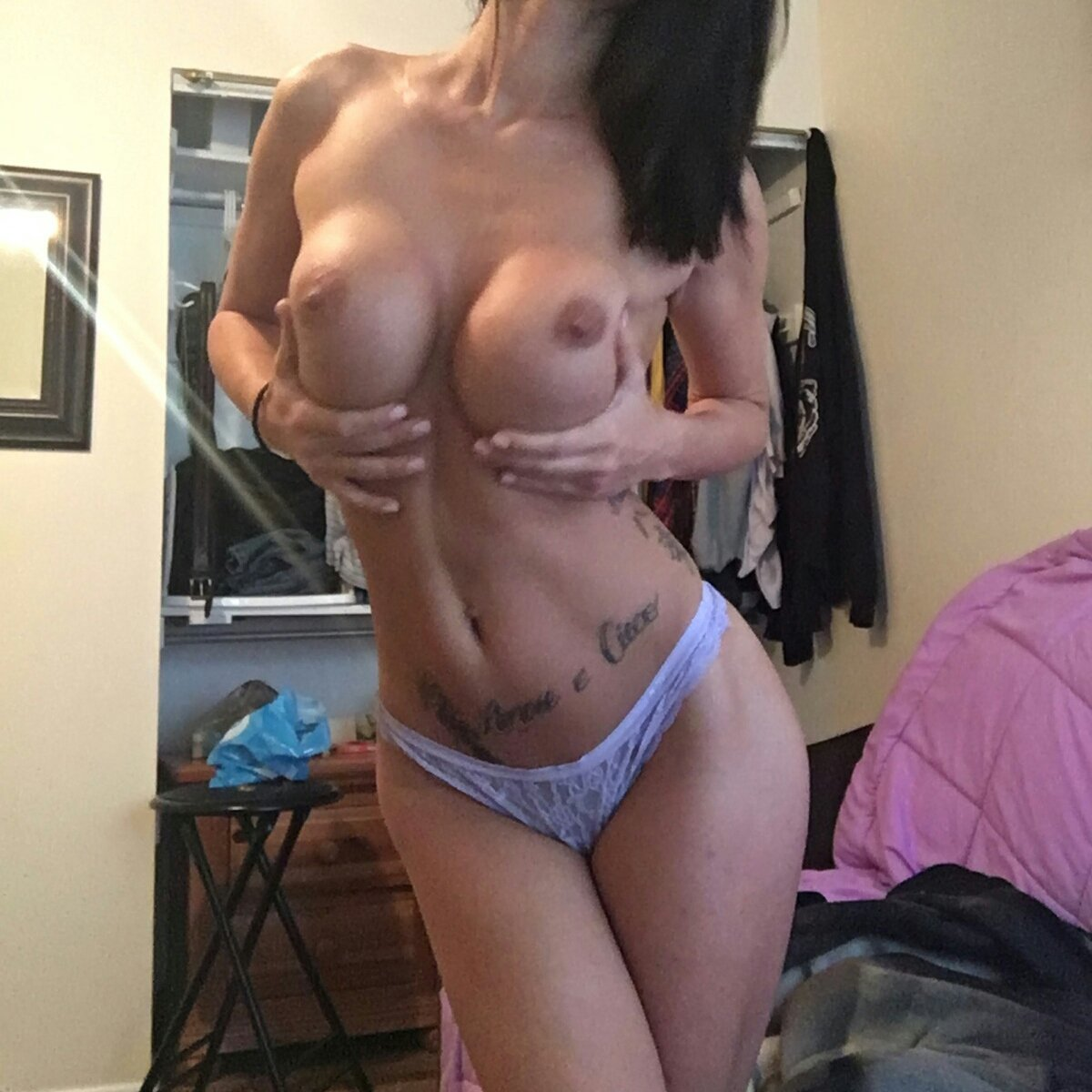 Nude Selfie 3286