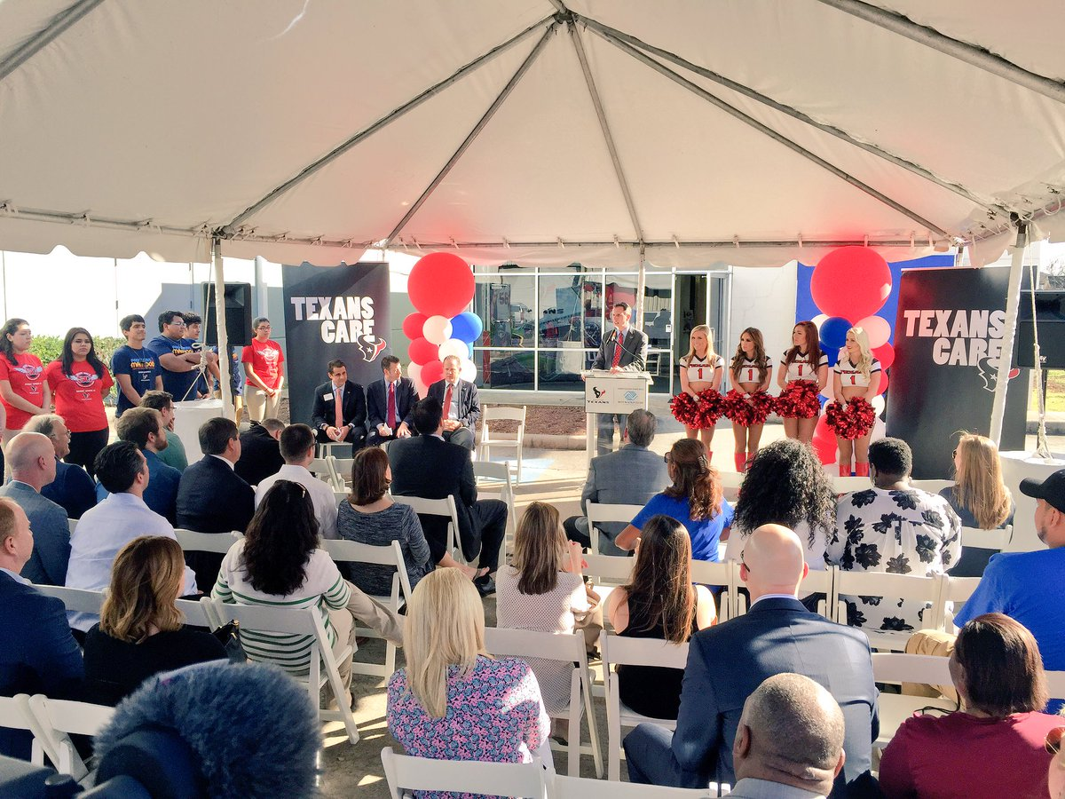 Houston Texans on Twitter  At Boys u0026 Girls Club of Greater Houston announcing a $750000 donation to create the #Texans Teen Club! & Houston Texans on Twitter: