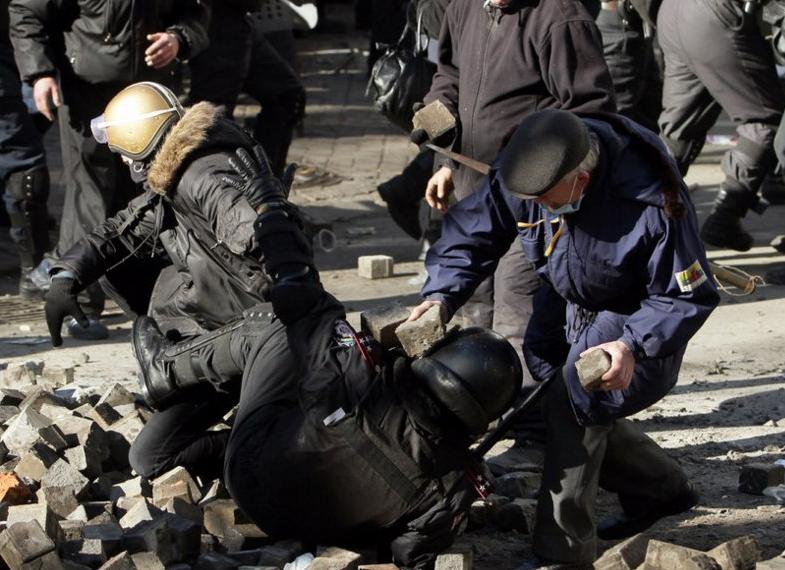 Штурм Майдана 18 февраля 2014 года - Цензор.НЕТ 7678