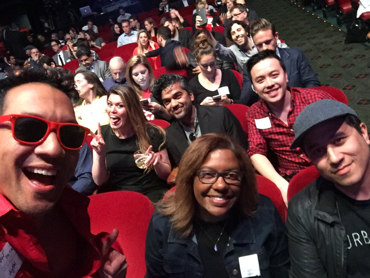 At the @RichardBranson event, about to begin! #LetitFLyLA @bettina @hackapreneur @KatelynOSh @GreggMartin https://t.co/e57FNY6kbg