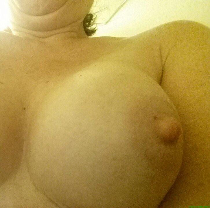 Nude Selfie 1506