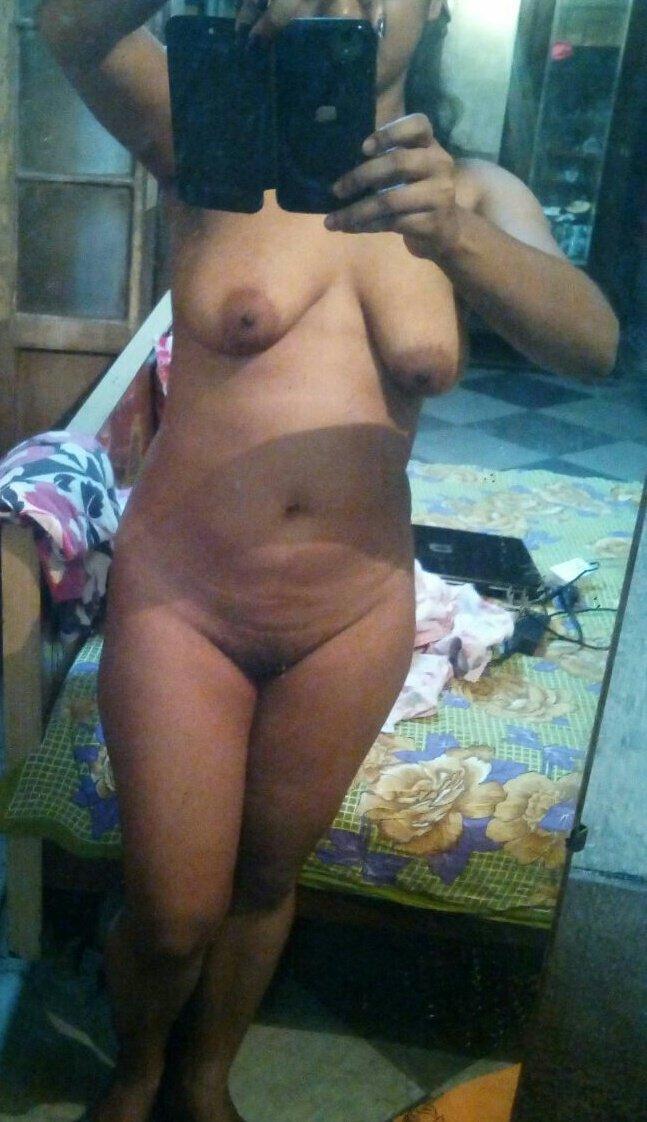 Nude Selfie 2760