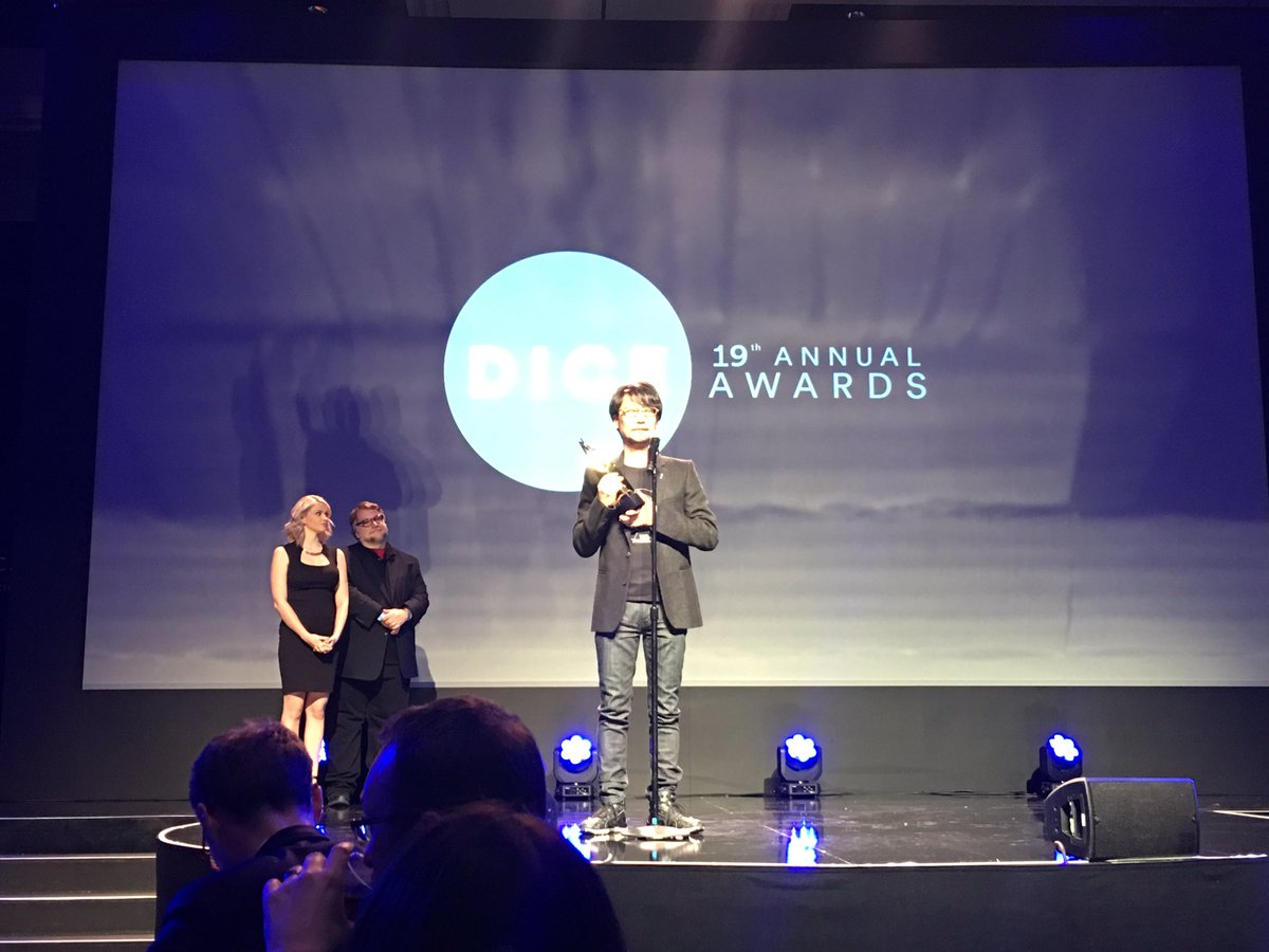 "@Kojima_Hideo has just received ""Hall of Fame"" @diceawards Congratulations boss! https://t.co/QtmGXXTjVF"