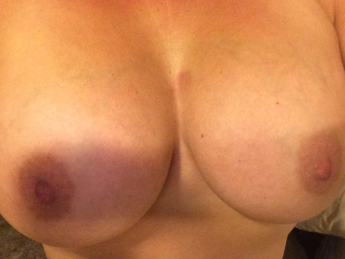 Nude Selfie 3053