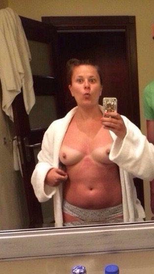 Nude Selfie 938