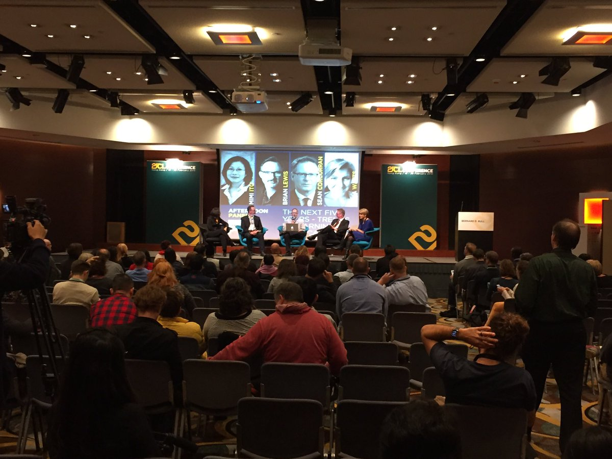 Excellent closing panel for day 1 of #21CLHK https://t.co/XFRxQ5HXCU