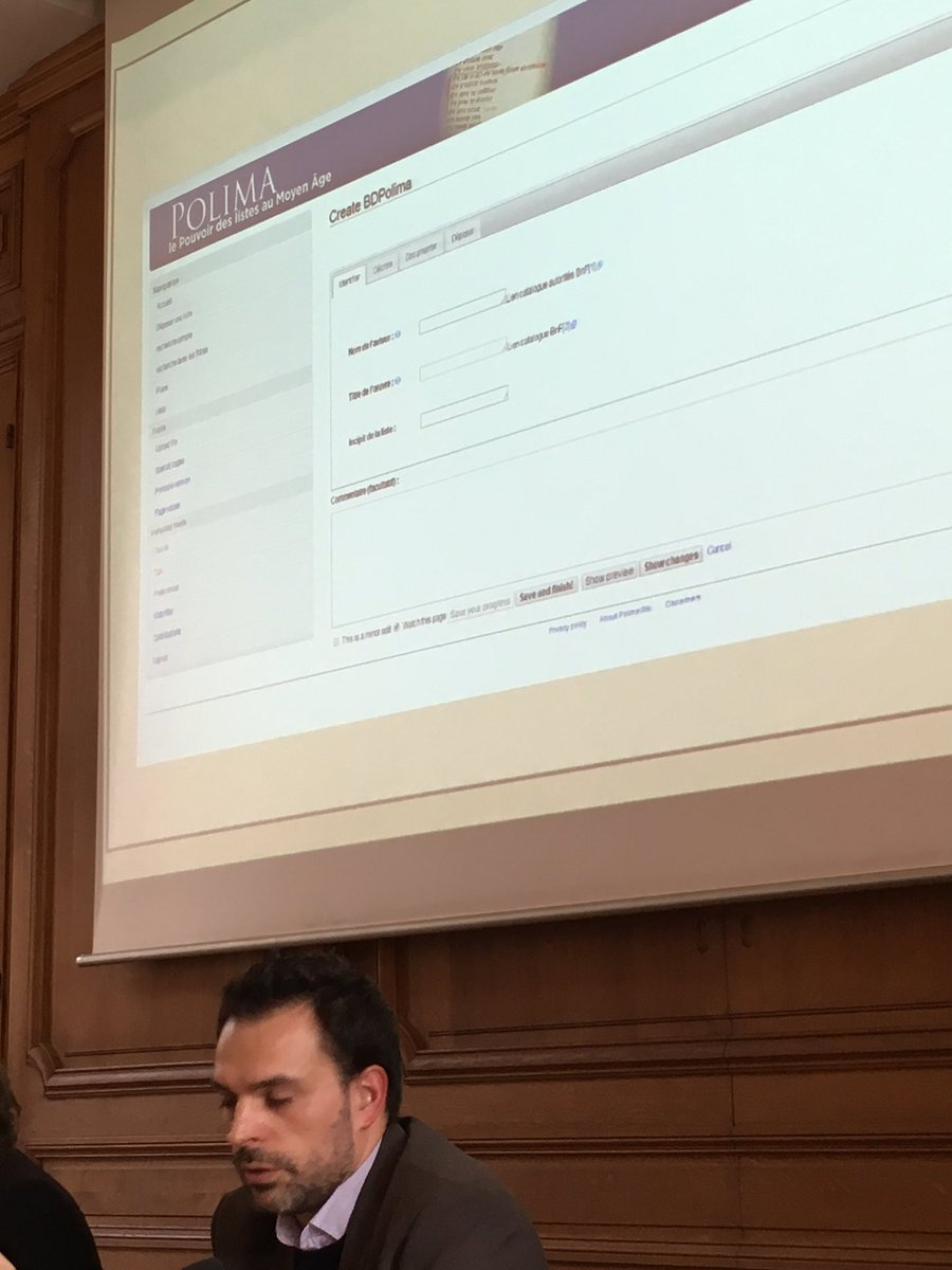 Davide nous montre les étapes pour déposer un document : identifier, décrire, documenter, déposer #ephn2016 https://t.co/j5DXA5n9eK