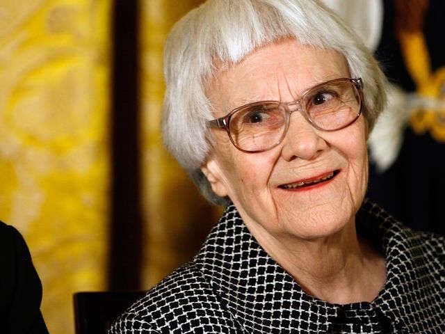 """The one thing that doesn't abide by majority rule is a person's conscience."" Fly away, mockingbird. Harper Lee. RIP https://t.co/dbMyiui9AH"