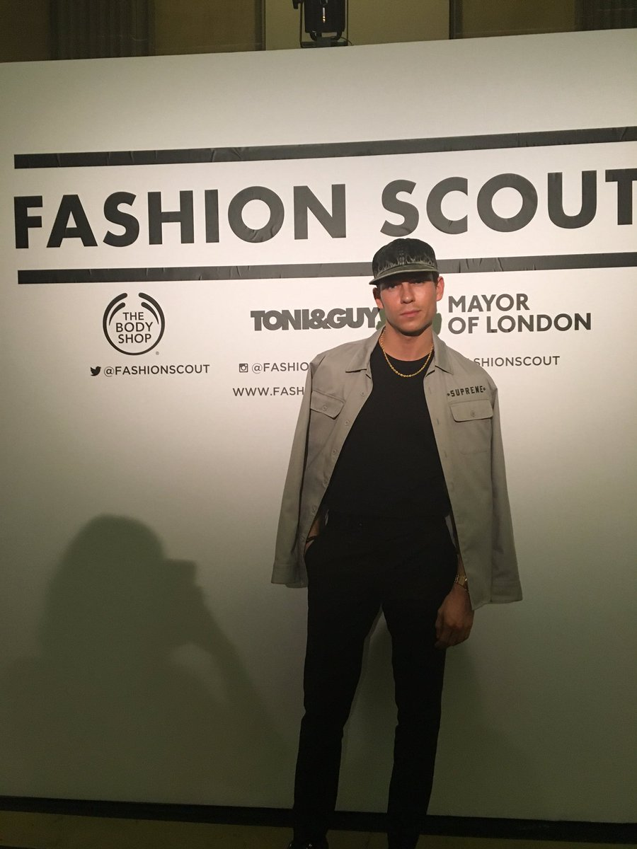 Look who we found roaming around #FashionScout only the @JoeyEssex_ !! https://t.co/Shi5ynWmcV