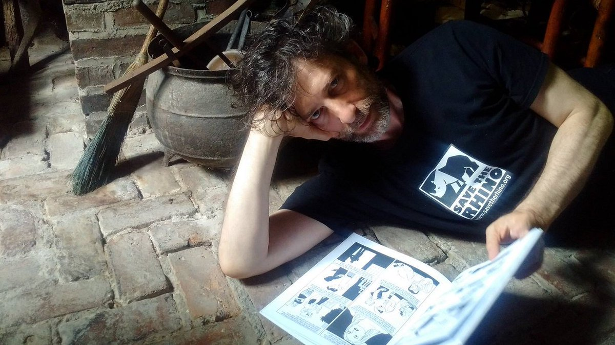 #NeilGaiman Gives His Fans #Writing Advice Through Tumblr https://t.co/E3xI9h97mY @NeilHimself https://t.co/eClSdgb7VM