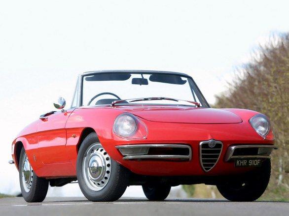 50 anni fa nasceva l'Alfa Romeo Duetto, icona dello stile italiano e del cinema di Hollywood
