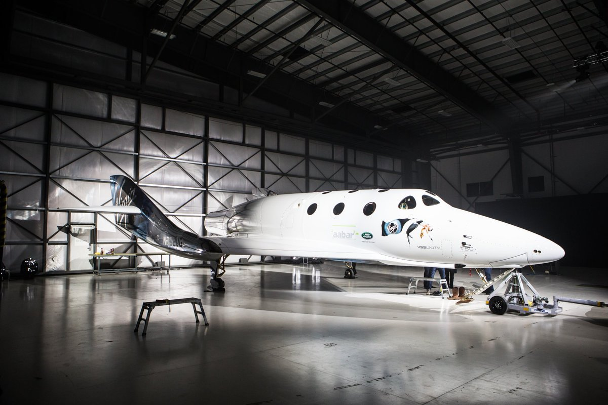 Ladies and gentlemen, please meet the new #SpaceShipTwo. More photos and info coming soon. https://t.co/cNCTDj3cHv