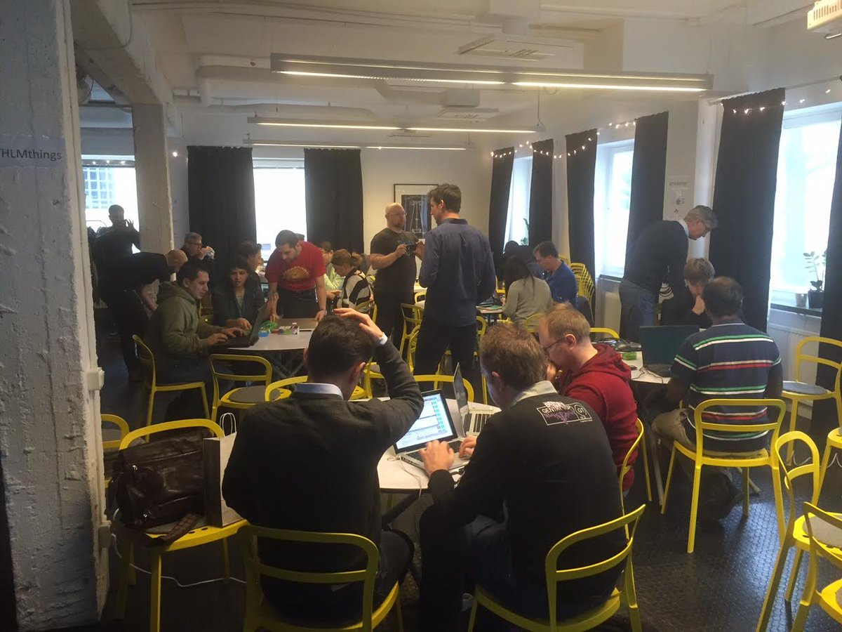 hardware hacking with #iotstockholm & @evothings lotsa JS, linkItOne #MediaTekLabs Aurdinos and beacons! https://t.co/73ET0iKy0T