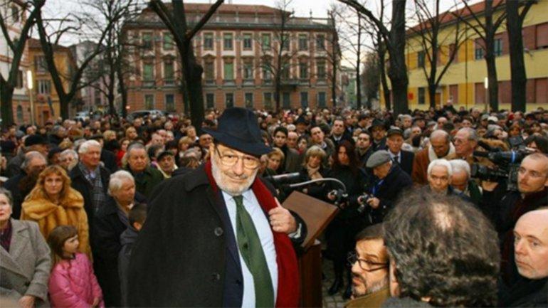 Funerali di Umberto Eco, orario della diretta streaming Rai