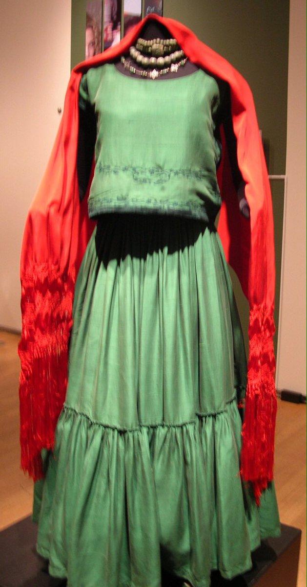 Frida Kahlo On Twitter S Wedding Dress Https T Co W0hilcprpv