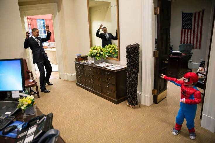 I've always loved the photos of President Obama hanging out with kids, this one def being my favorite. #ObamaAndKids https://t.co/CR3K8E9Uoo