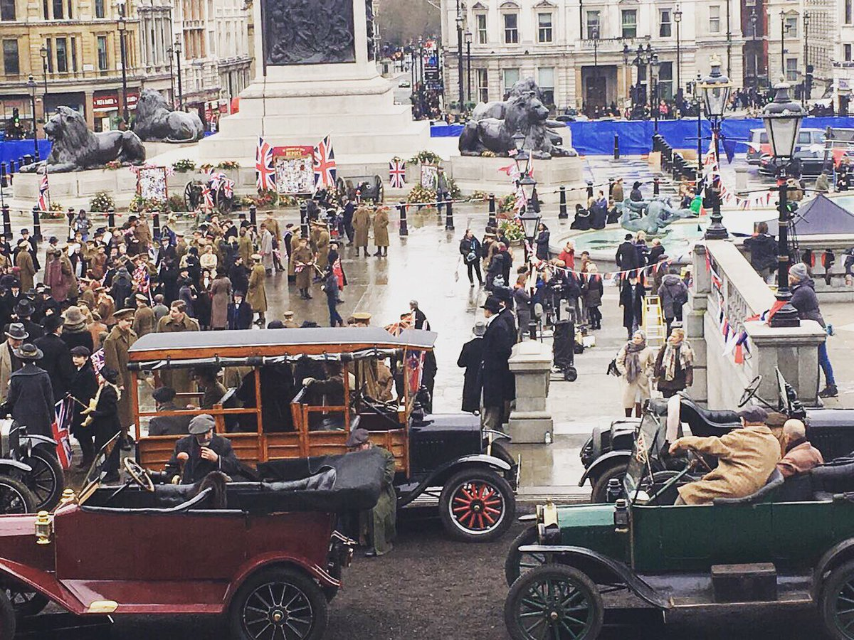 #trafalgarsquare has become a movie scene about First World War https://t.co/oNK0MfoEGX