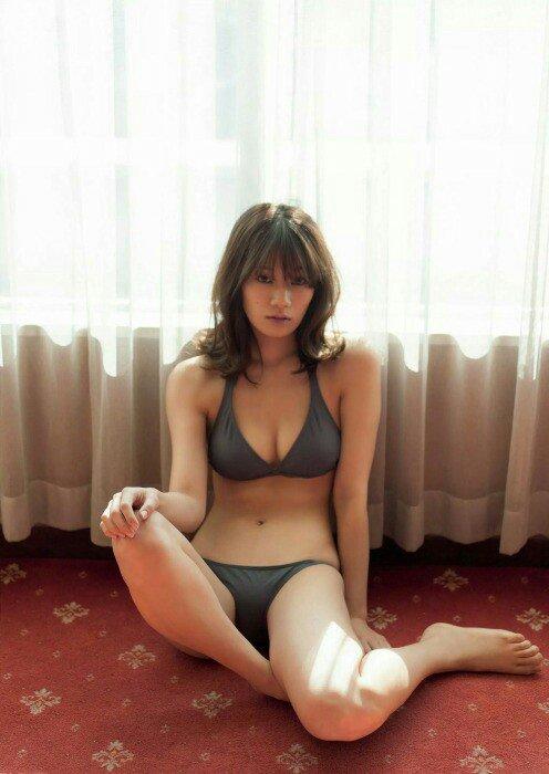 セクシーな佐藤美希の水着画像