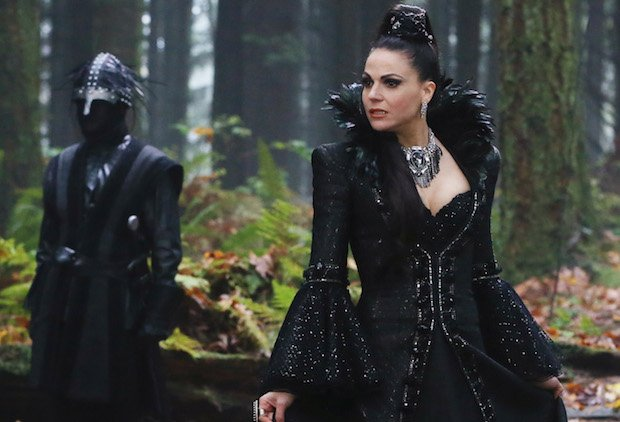 #OnceUponaTime's Midseason Premiere: An Evil Birthday, a Blushing Hero and 10 More Teases https://t.co/Cwd3uEiEi3 https://t.co/Yzdutj9SBB