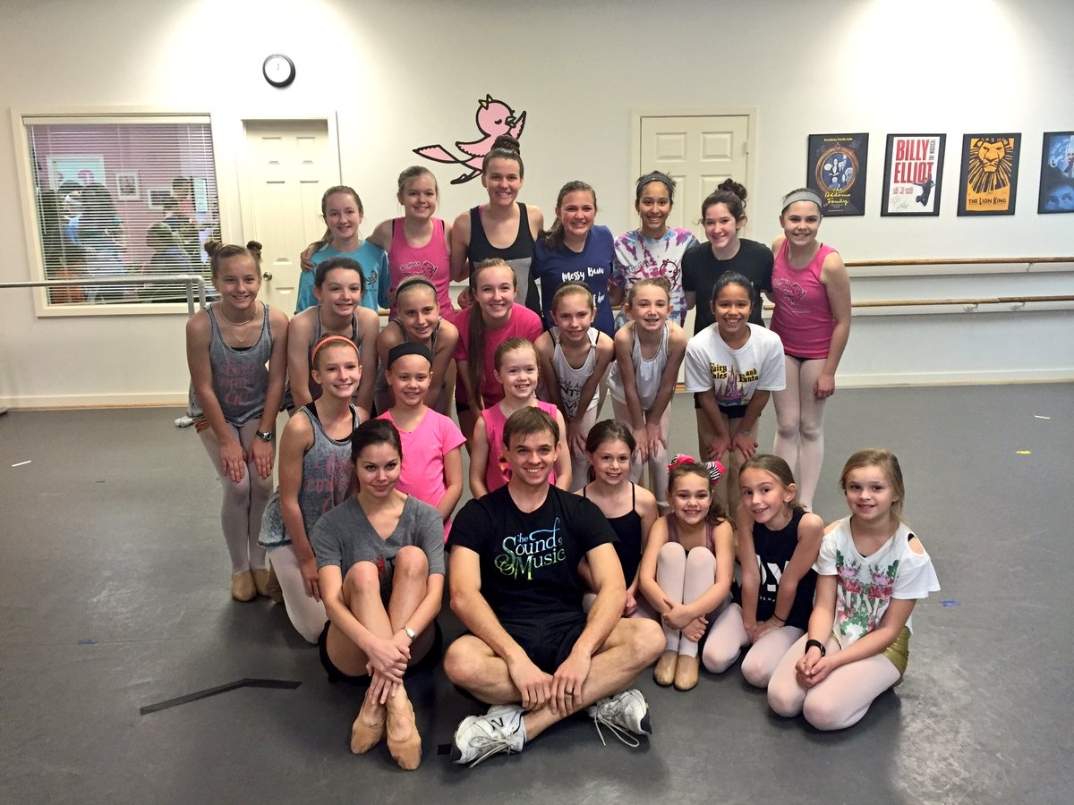 Amazing show @paige_silvester & @JimSchubin! These girls had a fabulous time learning from you & seeing you perform!