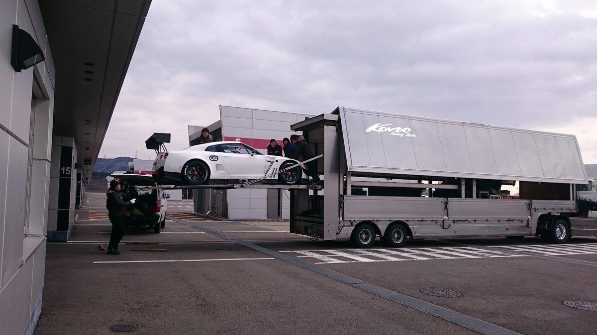 (゚∀゚)キタコレ!!新車だ!!!KONDOさん https://t.co/9ANRkhgI5g
