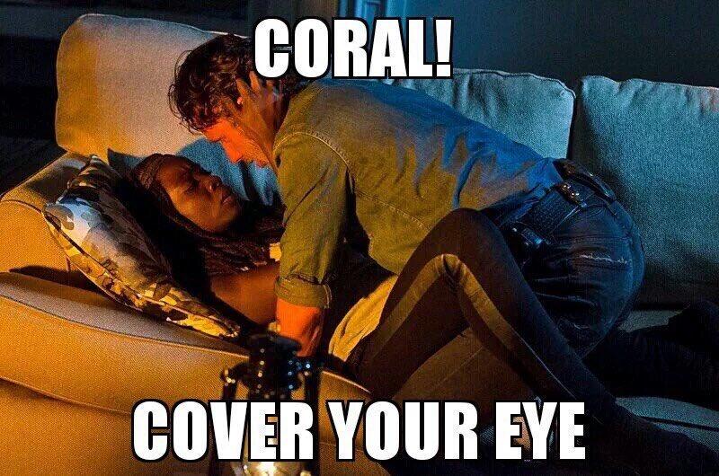 Good thing Coralllll didn't walk in! #Richonne #TheWalkingDead https://t.co/ciylyngbkr