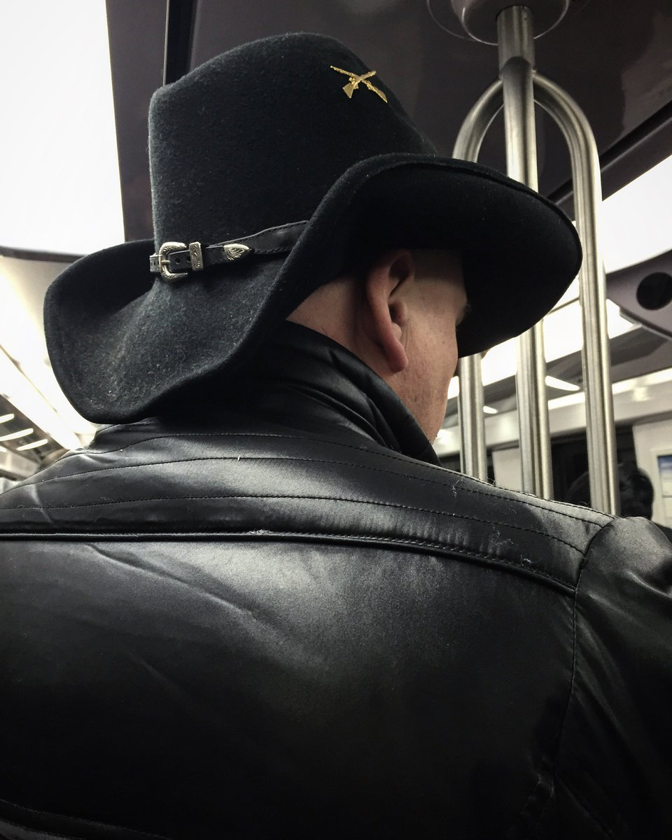 Cowboy without a horse. #RER B <br>http://pic.twitter.com/FywTAIpQ5P