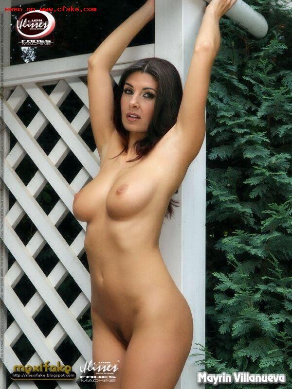 Beautiful big boob nude woman