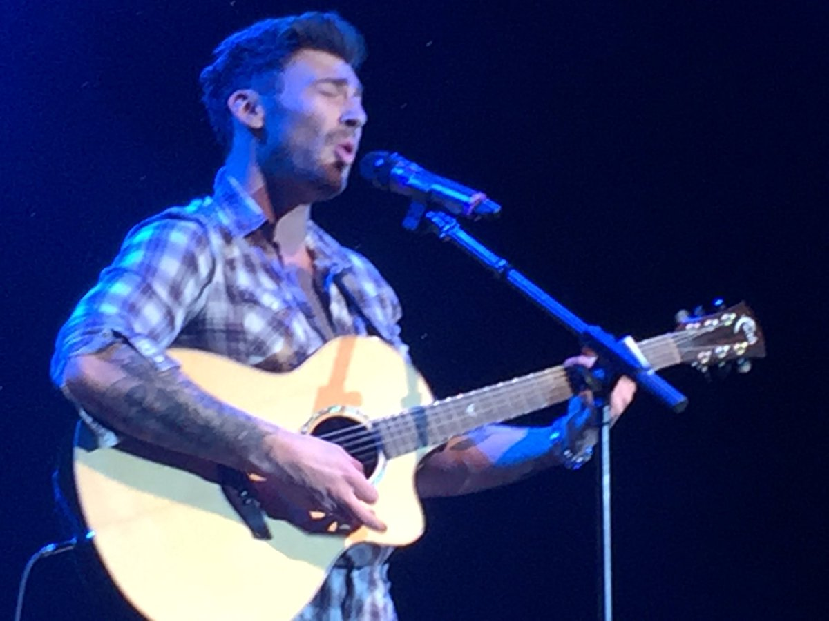 @JakeQuickenden your songs are brilliant https://t.co/NxXhxrB7rN