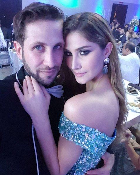 Mariam Habach junto a su novio Cc10IrsWoAAz4op