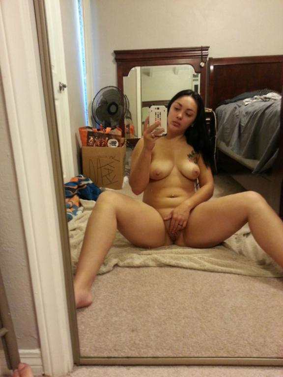 Nude Selfie 3960