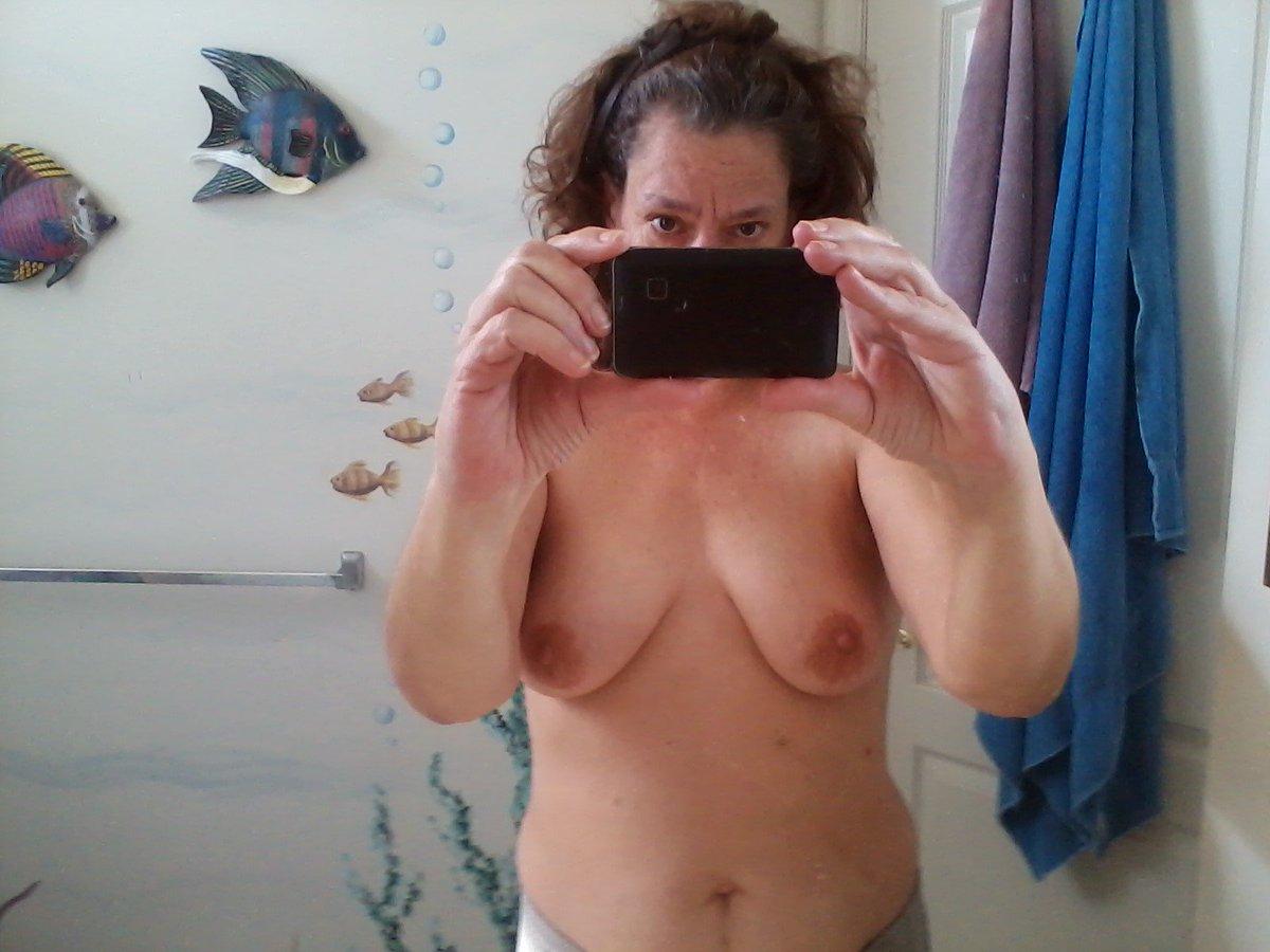 Nude Selfie 3959