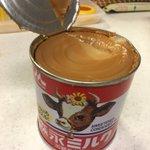 缶入りコンデンスミルクを温めると生キャラメルができる!