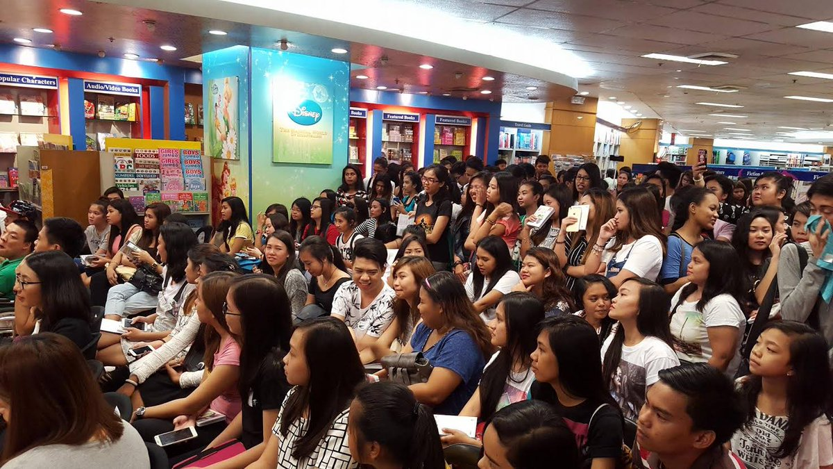 LOOK: 'Queen Elly' the author of 'Vince and Kath' is now having a book launch in NBS, Trinoma. | via Rhys Buccat