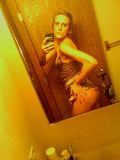 Nude Selfie 3876