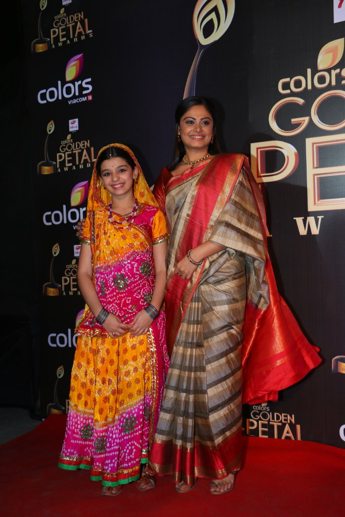 Balika Vadhu Anandi and Nimboli at GPA 2016, Toral Rasputra, Gracy Goswami Image Pictures