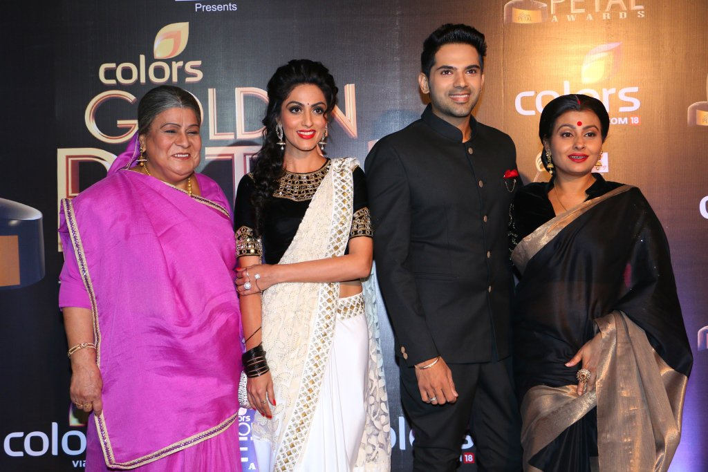 Thapki Pyaar Ki Cast at GPA Awards 2016 Images - Colors Golden Petal Awards 2016 Pictures