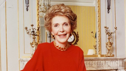 Nancy Reagan, actress who became powerful first lady, dies at 94 https://t.co/PsbHcBUZmN https://t.co/YHFFDsfplI