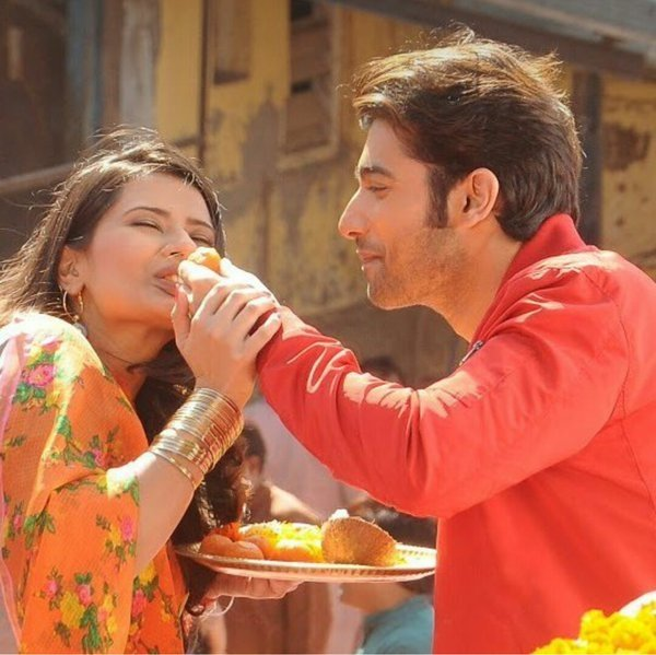 Actors Kratika and Sharad in Kasam, Rishi and Tanu in Kasam serial